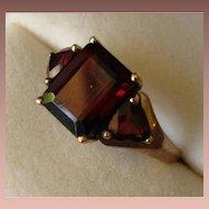 9 Carat Gold Garnet Ring.