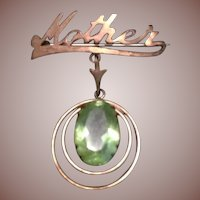 Mother Signature Brooch in Gilt and Peridot