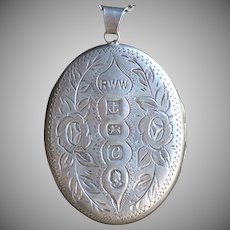 SALE:  Commemorative QEII Silver Jubilee Large Hallmarked English Sterling Locket. Rare.
