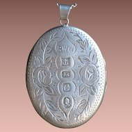 Rare Queen Elizabeth II Commemorative Silver Jubilee Large Hallmarked English Sterling Locket.
