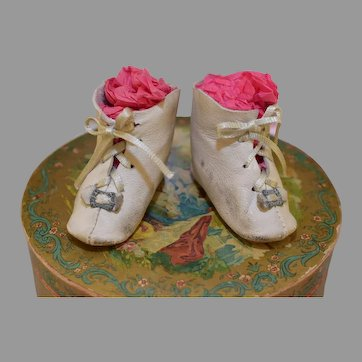 "2 7/8"" White Leather Antique Doll Shoes Boots"
