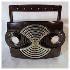 Vintage Zenith Bakelite Radio, Model K412-R, 1953