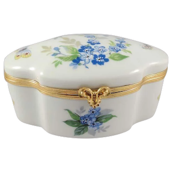 Limoges France Porcelain Powder/Dresser Box Violets and Butterflies