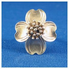 "VINTAGE ""Sterling"" Dogwood Flower Ring"
