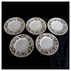 Vintage Wedgwood Bone China STRAWBERRY HILL 5 Bread & Butter Plates