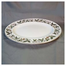 Vintage Wedgwood Bone China STRAWBERRY HILL 13 in. Oval Serving Platter