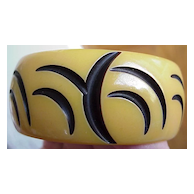Vintage Carved Resin-Wash Bakelite Bangle - Crescent Moon Design