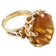 Beautiful Vintage Citrine Ring in heavy 14kt gold setting - Size 7.5