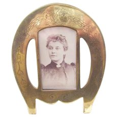 Wonderful Victorian Brass Photo Frame - all original - Horse Shoe