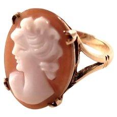 Vintage 9 carat gold Cameo Ring - English - Size 6