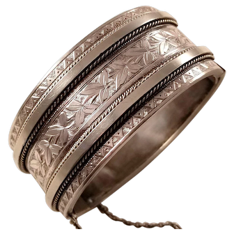 Antique Victorian Aesthetic Sterling Silver Bangle Bracelet ca. 1880
