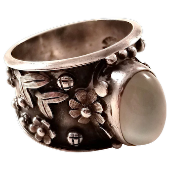 Vintage Mexican Sterling Silver Ring with Moonstone - Carmen Beckmann - size 11