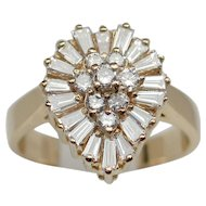 Dazzling 1.26ctw Pear-shaped 14kt Diamond Cluster Ring