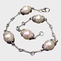 High Luster Cultured Pearl & 18kt White Gold Bracelet