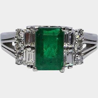 PT 900 Platinum Emerald & Diamond Vintage Evening Ring