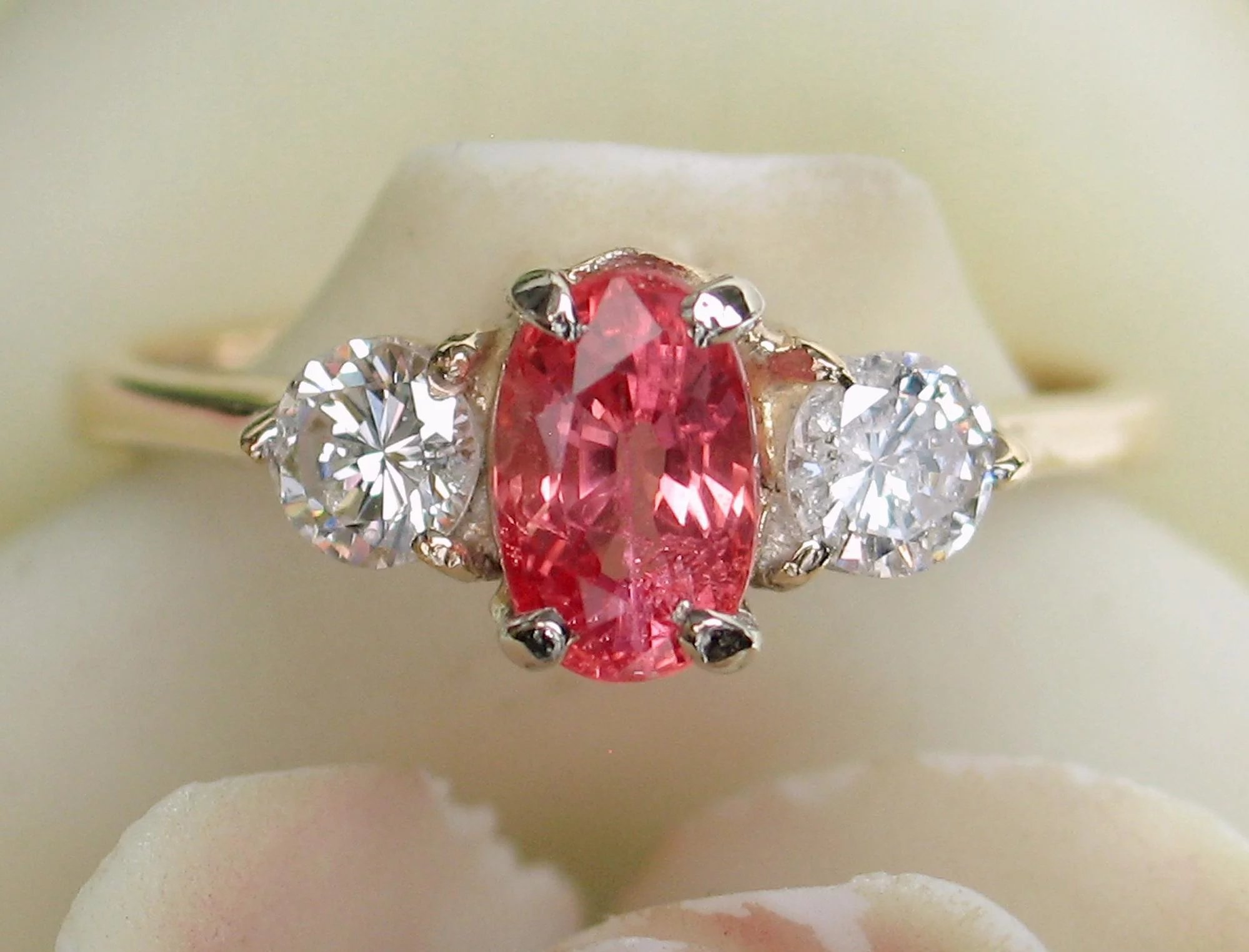 lotfinder hgk di diamond padparadscha and details s christie a ring sapphire pad lot