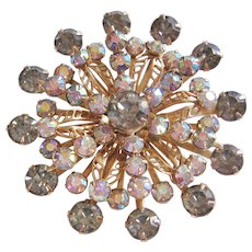 Vintage Gold tone Aurora and Grey Rhinestone Star Brooch-Pin