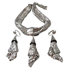 Vintage Silver tone Mesh Necklace and Earrrings Set