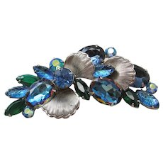 Vintage Silver tone and Blue Carved and Vitrail Rhinestone Brooch-Pin