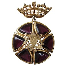Vintage Purple Glass and Gold tone Crown and Crest Brooch-Pendant
