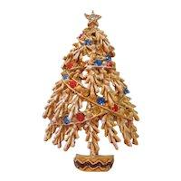 Vintage Art Rhinestone and Gold tone Christmas Tree Pin-Brooch