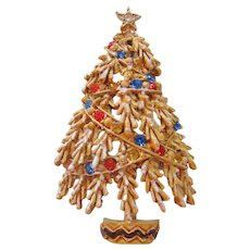 Vintage Art Rhinestone and Gold tone Christmas Tree Pin-Brooch