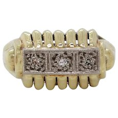 14 Karat Yellow Gold Midcentury 1950 Three-Stone Diamond  Ring