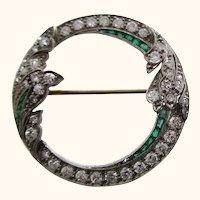1925 Art Deco Platinum Emerald Diamond Circle Pin