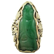 1910 Arts and Crafts Green Gold and Carved Jade Ring