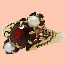 Original 1950's 14K Yellow Gold Garnet and Pearl Ring