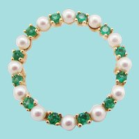 14 Karat Yellow Gold Emerald and Pearl Circle Pin