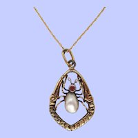 1910 Edwardian 14K Yellow Gold Garnet and Pearl Insect Pendant