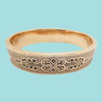 1880 Victorian 18 Karat Rose Gold Enameled Hinged Bangle