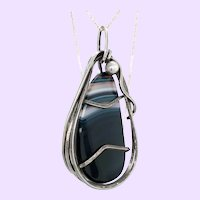 Rebajes Agate and Sterling Silver Pin Pendant