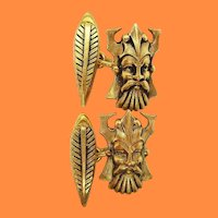Art Nouveau 18K Yellow Gold Norse God and Feather Cufflinks