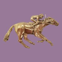 Vintage Midcentury 14 Karat Yellow Gold Jockey Thoroughbred Pin Pendant