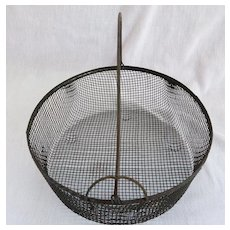 Vintage Country Locking Bail Wire Basket Farmhouse Primitive