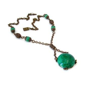 Vintage 1930s Art Deco Green Peking Glass Filigree Bead Pendant Drop Necklace
