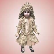 Stunning Antique Silk Dress & Gorgeous Lace Bonnet Jumeau Bru Steiner Dolls