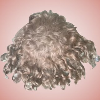 """SALE***Very Pretty Antique Strawberry Blonde Mohair Doll Wig 12-1/2"""" Circ."""
