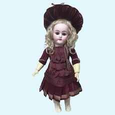 Sweet Artist Dress Bonnet Small Antique Doll