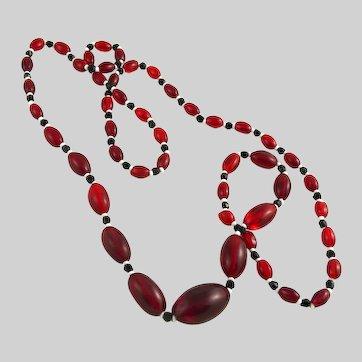 Vintage Art Deco Flapper Glass Bead Necklace