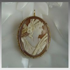 Antique Victorian Helmet Shell Cameo set in 10K Gold with Seed Pearls