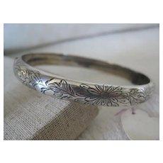 Vintage English Silver Bangle, Hinged w/Engraved Floral Pattern