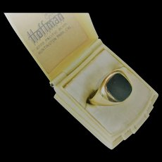 Man's Vintage Bloodstone/9ct Ring  Size 10.5
