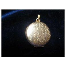 Pretty Danecraft Gold Fill Locket in Nice Condition