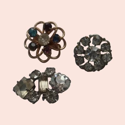 SET of 3 Small  Vintage  Brooches