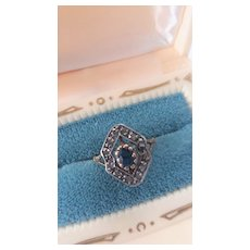 Stunning Vintage Sapphire/Diamond 18k Ring size 7.5