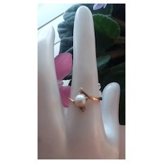 Pretty Vintage 10K Rose Gold Ring with Pearl, Size 8