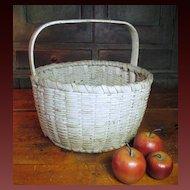 Granny's Favorite Old Super Primitive Farmhouse Gathering Basket – Old White Paint